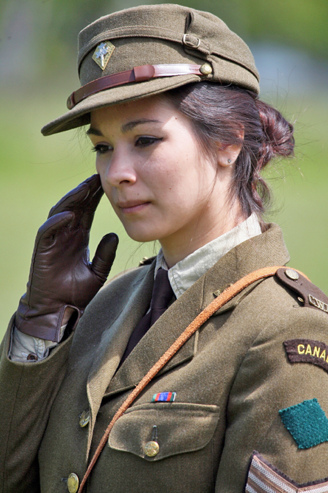 Living History Groups Honour WW2 -- Elinor Florence