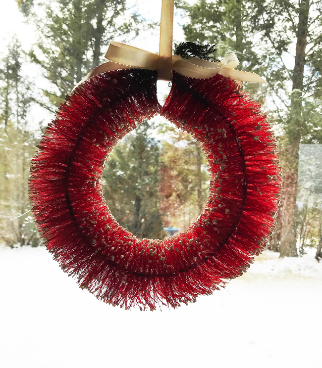 ten favorite Christmas traditions, vintage bottlebrush wreath