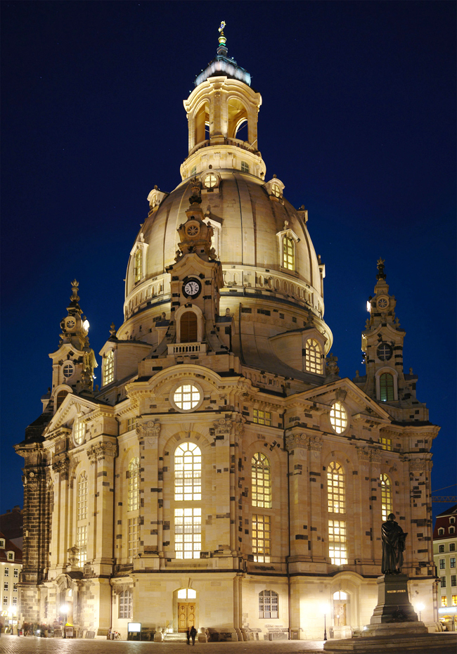 Frauenkirche Cathedral in Dresden, Germany, destroyed in 1945 and rebuilt in 2005