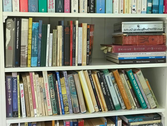 home office book shelves, Elinor Florence