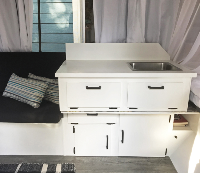 vintage camper renovation, counter, finished