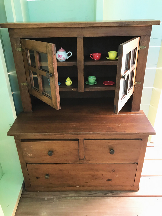 TREEHOUSE, vintage doll dresser