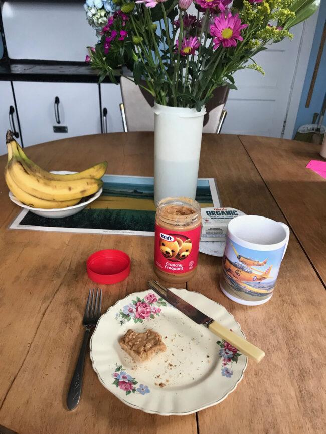 back to the farm, breakfast in Saskatchewan farmhouse